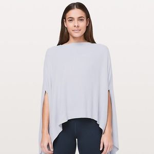 Lululemon forward flow cape silver fox alpine blue